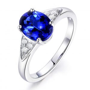 2.15ct Natural Blue Tanzanite in 18K Gold Ring