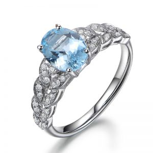 1.1ct Natural Blue Aquamarine in 18K Gold Ring