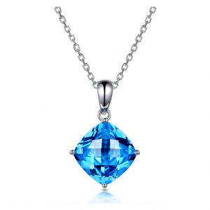 4.15ct Natural Blue Topaz in 18K Gold Pendant