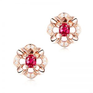 0.45ct Natural Red Ruby in 18K Gold Earring