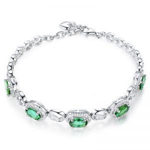 4.5ct Natural Green Tourmaline in 18K Gold Bracelet