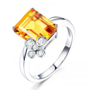 2.8ct Natural Yellow Citrine in 18K Gold Ring