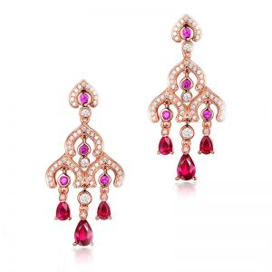 2.55ct Natural Red Ruby in 18K Gold Earring