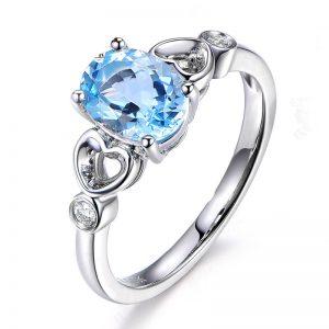 1.14ct Natural Blue Aquamarine in 18K Gold Ring