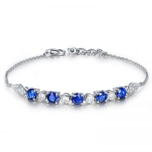 2.68ct Natural Blue Sapphire in 18K Gold Bracelet