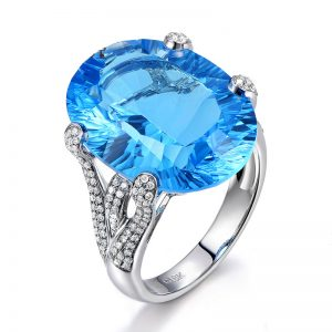 19.5ct Natural Blue Topaz in 18K Gold Ring