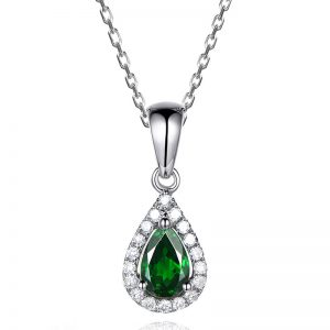 0.58ct Natural Green Tsavorite in 18K Gold Pendant
