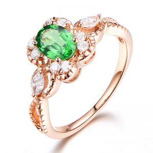 1.01ct Natural Green Tsavorite in 18K Gold Ring