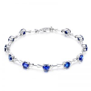 5.03ct Natural Blue Sapphire in 18K Gold Bracelet