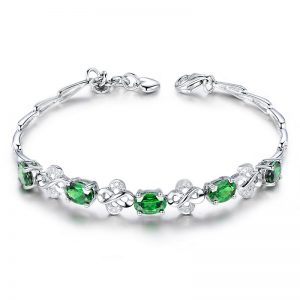 3.15ct Natural Green Tsavorite in 18K Gold Bracelet