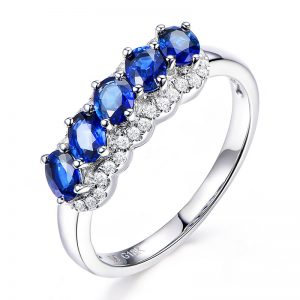 1.1ct Natural Blue Sapphire in 18K Gold Ring