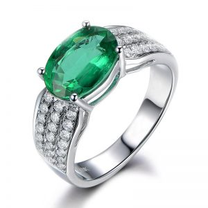 1.85ct Natural Green Emerald in 18K Gold Ring