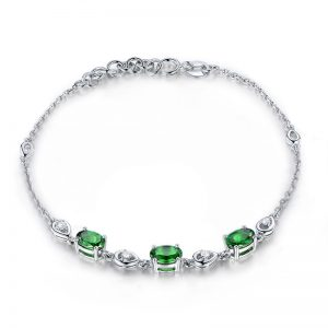 1.65ct Natural Green Tsavorite in 18K Gold Bracelet