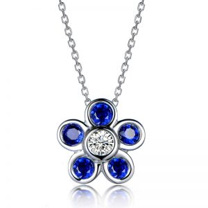 0.65ct Natural Blue Sapphire in 18K Gold Pendant