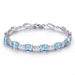 5.5ct Natural Blue Aquamarine in 18K Gold Bracelet