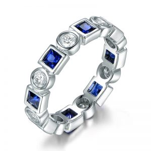 1.26ct Natural Blue Sapphire in 18K Gold Ring