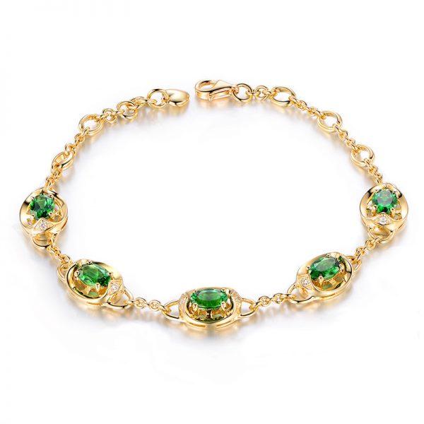 2.85ct Natural Green Tsavorite in 18K Gold Bracelet