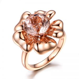 4.16ct Natural Peach Morganite in 18K Gold Ring