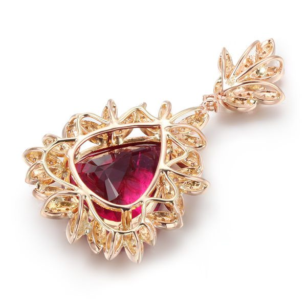 13.5ct Natural Red Tourmaline in 18K Gold Pendant