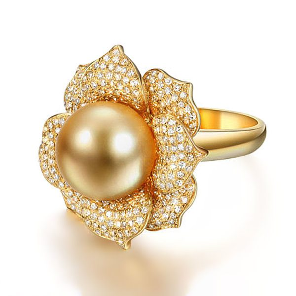 12.2mm Natural Yellow Pearl in 18K Gold Ring