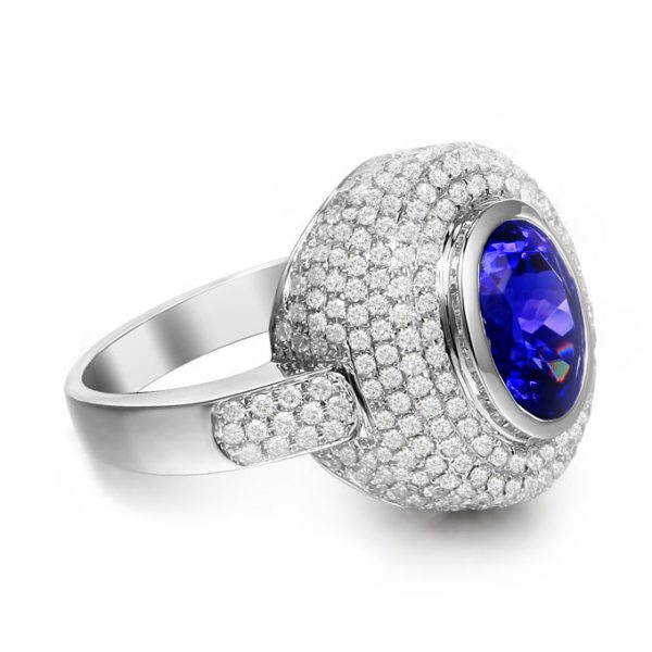 2.86ct Natural Blue Tanzanite in 18K Gold Ring