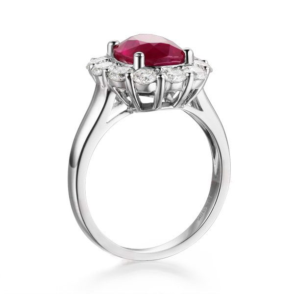 3.01ct Natural Red Ruby in 18K Gold Ring