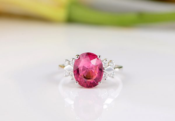 2.67ct Natural Red Tourmaline in 18K Gold Ring