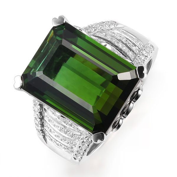 16.51ct Natural Green Tourmaline in 18K Gold Ring