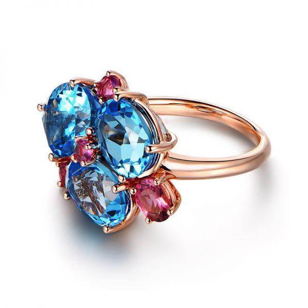 10.17ct Natural Blue Topaz in 18K Gold Ring