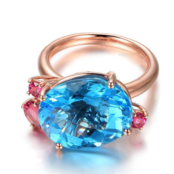 12.26ct Natural Blue Topaz in 18K Gold Ring