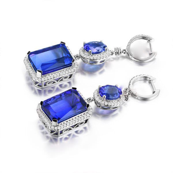 35.81ct Natural Blue Tanzanite in 18K Gold Earring