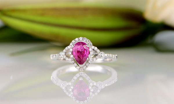 0.99ct Natural Red Ruby in 18K Gold Ring