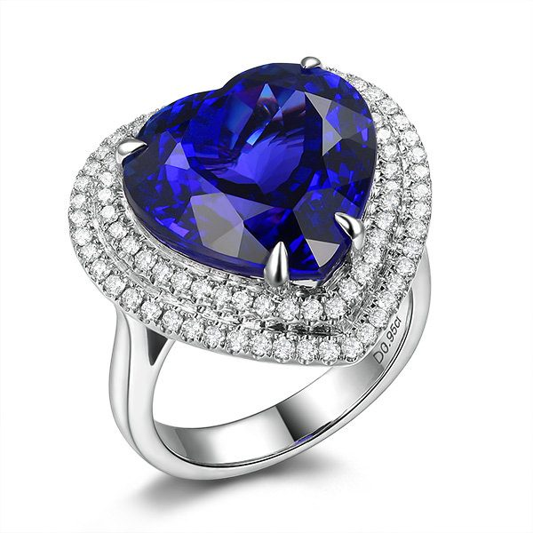 13.82ct Natural Blue Tanzanite in 18K Gold Ring