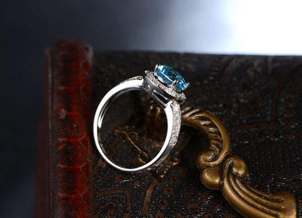 1.45ct Natural Blue Topaz in 14K Gold Ring