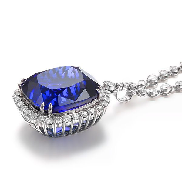 56.9ct Natural Blue Tanzanite in 18K Gold Pendant
