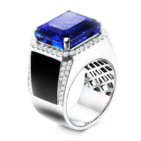15.47ct Natural Blue Tanzanite in 18K Gold Ring