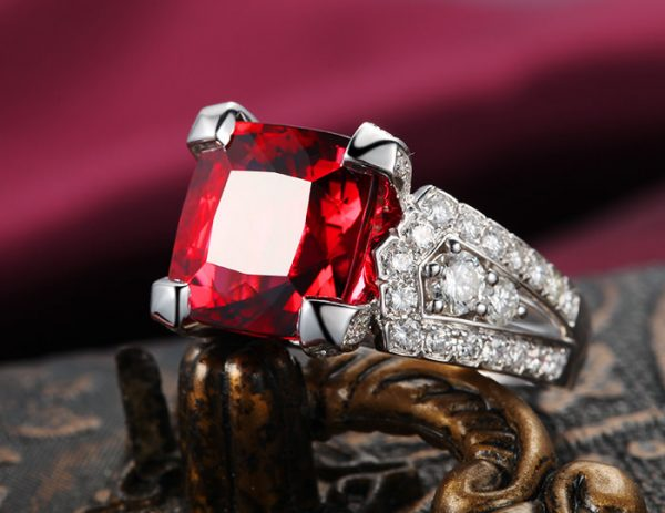 11.85ct Natural Red Tourmaline in 18K Gold Ring