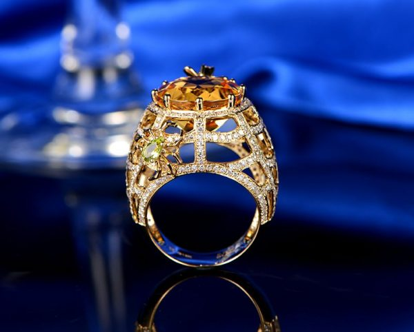 9.71ct Natural Yellow Citrine in 18K Gold Ring