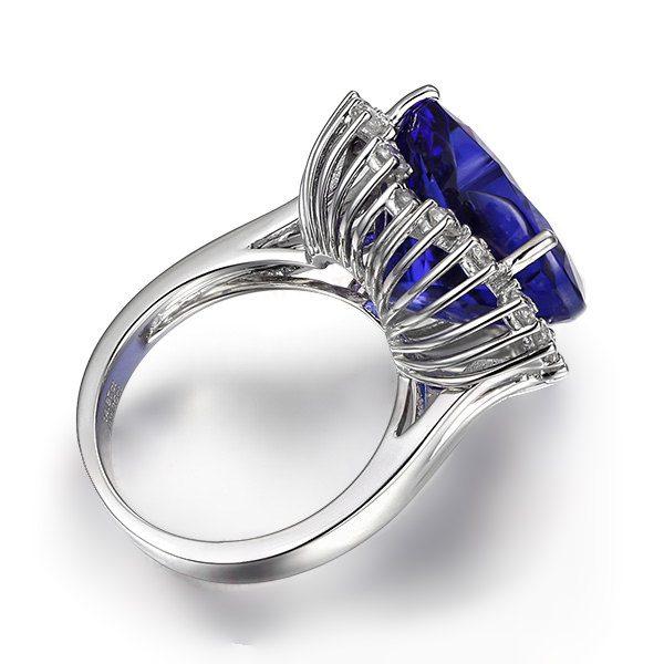 10.3ct Natural Blue Tanzanite in 18K Gold Ring
