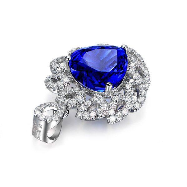 5.15ct Natural Blue Tanzanite in 18K Gold Pendant