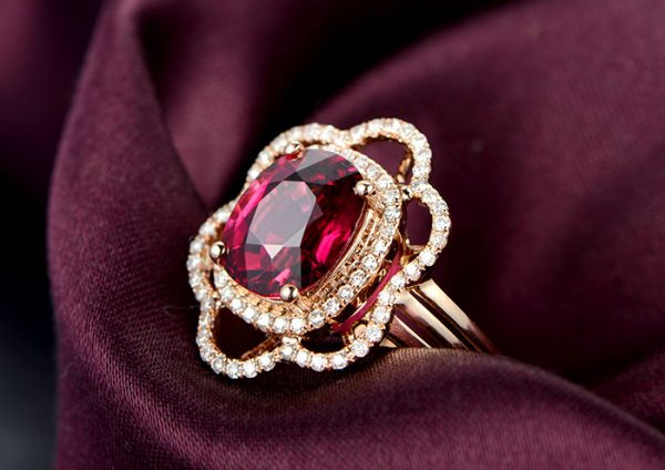 3.27ct Natural Red Tourmaline in 18K Gold Ring