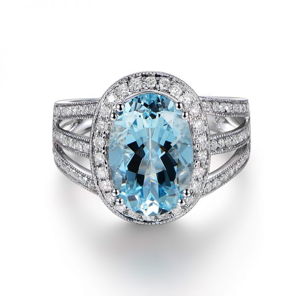 3.16ct Natural Blue Aquamarine in 18K Gold Ring
