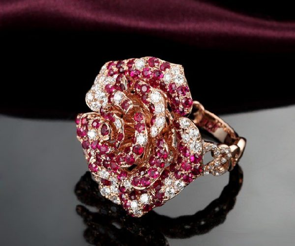 3.85ct Natural Red Ruby in 18K Gold Ring