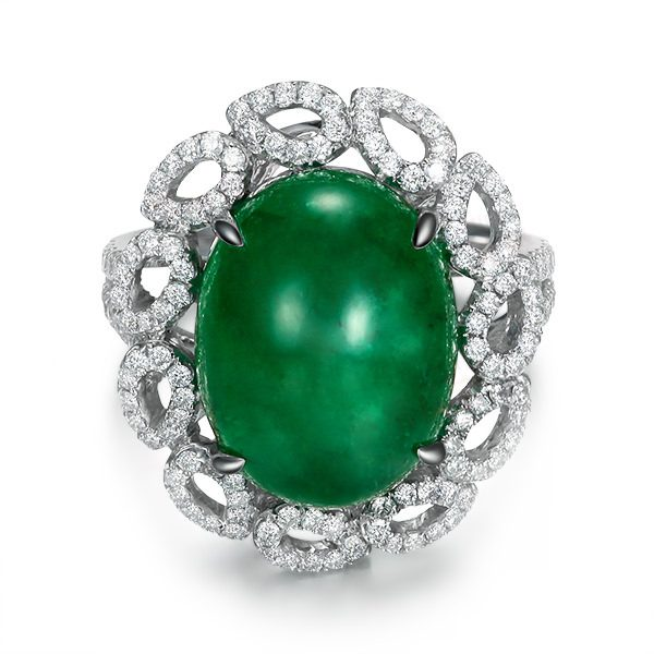 9.5ct Natural Green Emerald in 18K Gold Ring