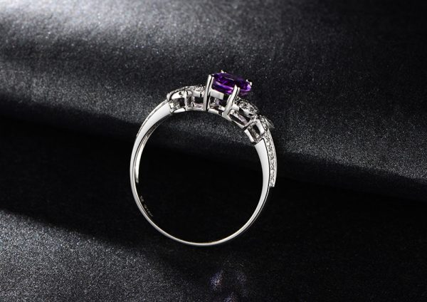 1.5ct Natural Purple Amethyst in 18K Gold Ring