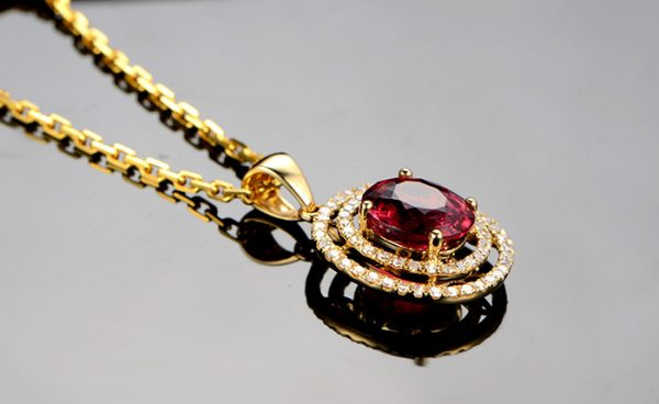 3.22ct Natural Red Tourmaline in 18K Gold Pendant