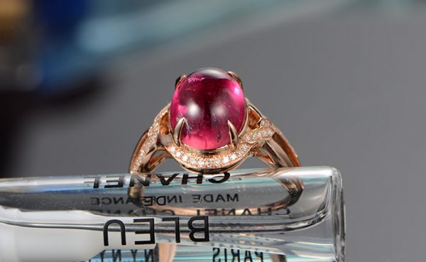 3.2ct Natural Red Tourmaline in 18K Gold Ring