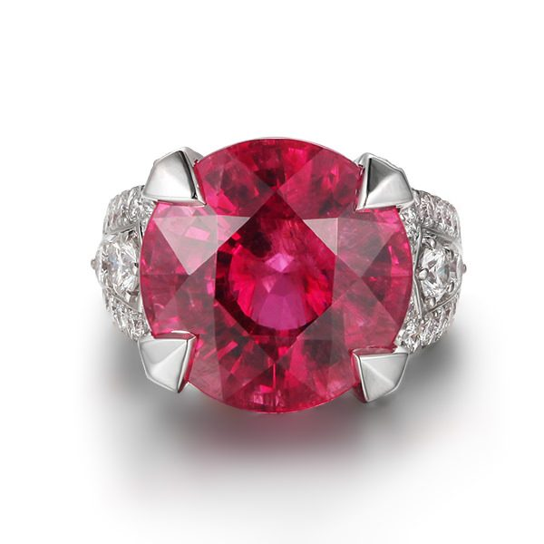 21.15ct Natural Red Tourmaline in 18K Gold Ring