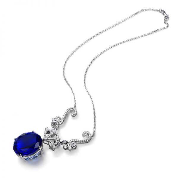 72ct Natural Blue Tanzanite in 18K Gold Necklace