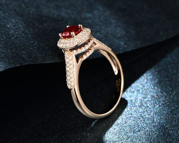 0.95ct Natural Red Ruby in 18K Gold Ring